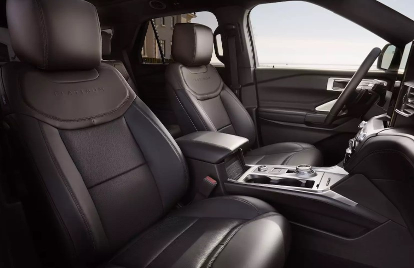 2020 Ford Explorer Platinum interior