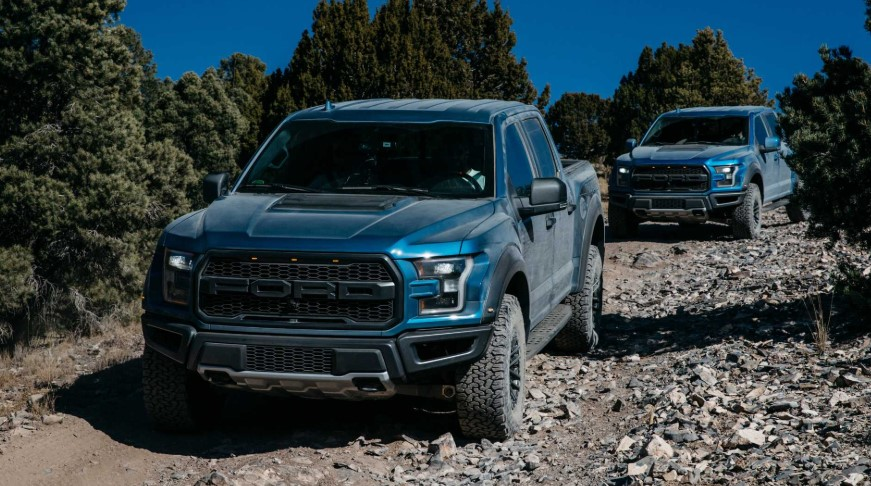 2020 Ford F-150 Raptor V8 design