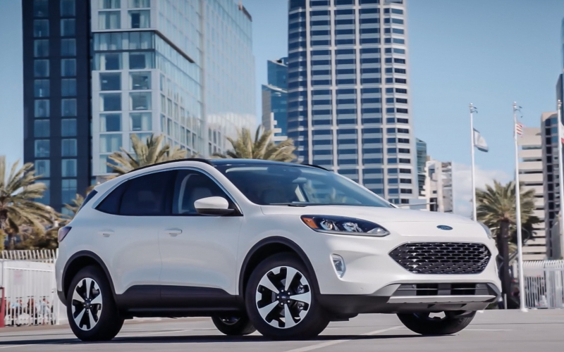2020 Ford Escape Hybrid Review: Reaching Fuel Potential