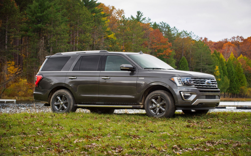 Ford Hits Back At Chevy With Expedition Fx4 | Gm Authority