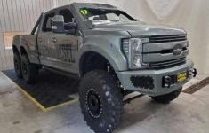 Ford Super Duty F550 'indomitus' May Be Able To Leap Tall